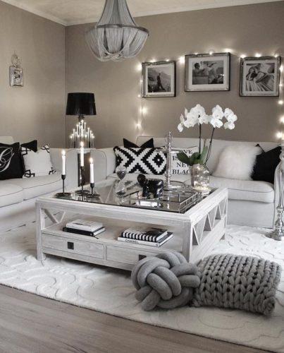 El color: cada color tiene un significado y dependiendo el que escojas proporcionará un tipo de energía a tu casa y es un punto fundamental en las decoraciones para el hogar.