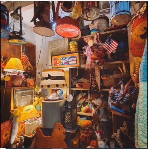 """De qué se trata el """"cluttercore"""" El movimiento """"anti Marie Kondo"""":"""
