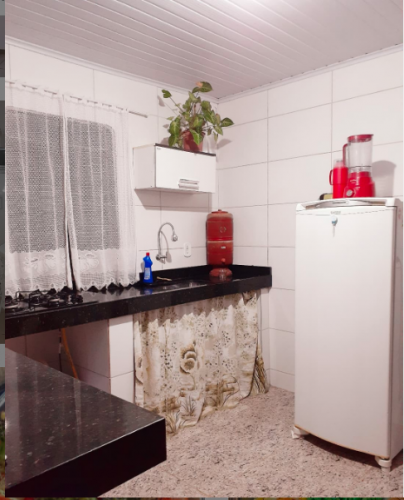 Cocinas reales ordenadas y sencillas La cocina es algo que me gusta mantener impecable, siempre intento tener todo bien localizado para no perder tiempo buscando.  La cocina es perfecta como lugar de encuentro y encargada de llenar nuestro hogar de deliciosos aromas.
